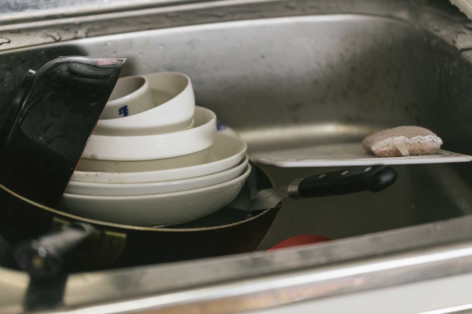 食器洗いのイメージ画像